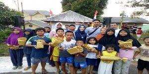 Foto Bersama Camat, Seklur, RT Kuantan Indah