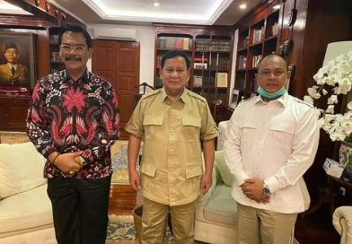 Cawagub Kepri Iman Sutiawan SE MM Hadir di KLB Gerindra Bersama Joko Widodo, Prabowo, Megawati